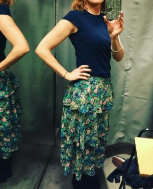 Lisa-colourful-skirt-e1487944974141.png