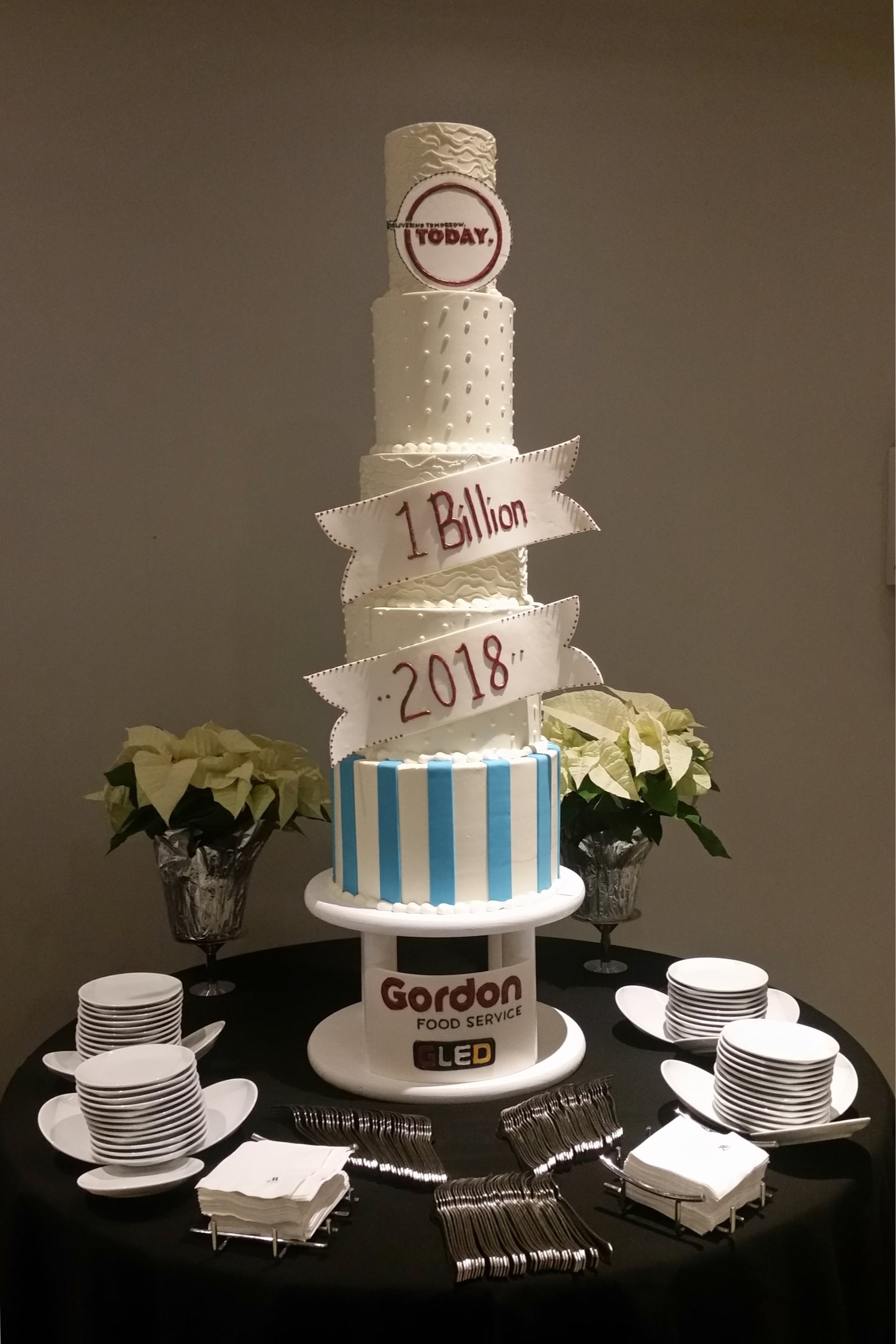Special Events - Let us help you celebrate all of life's big moments with a custom cake everyone will want on their Instagram account. And they'll love the taste!