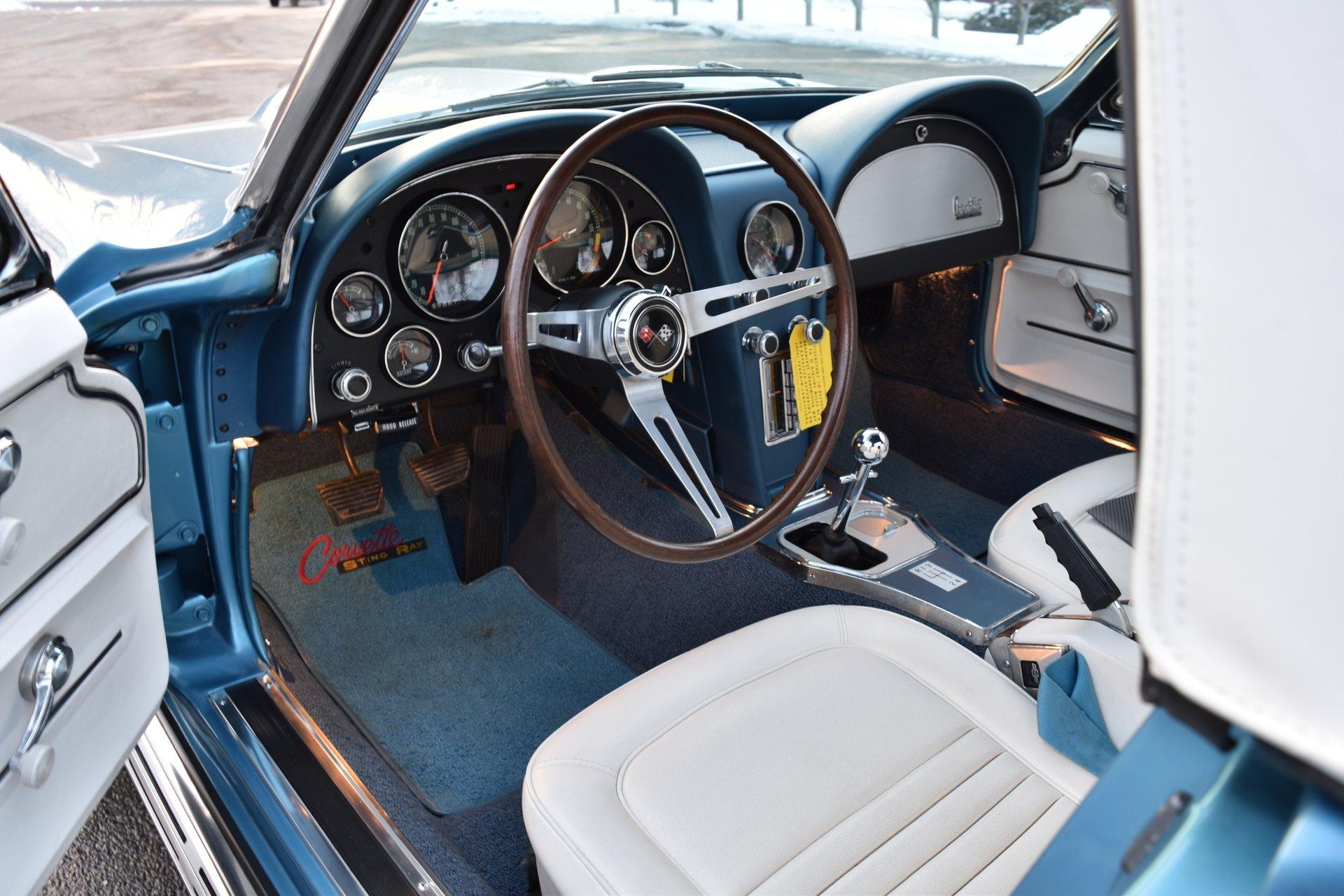 1967-chevrolet-corvette-2.jpeg