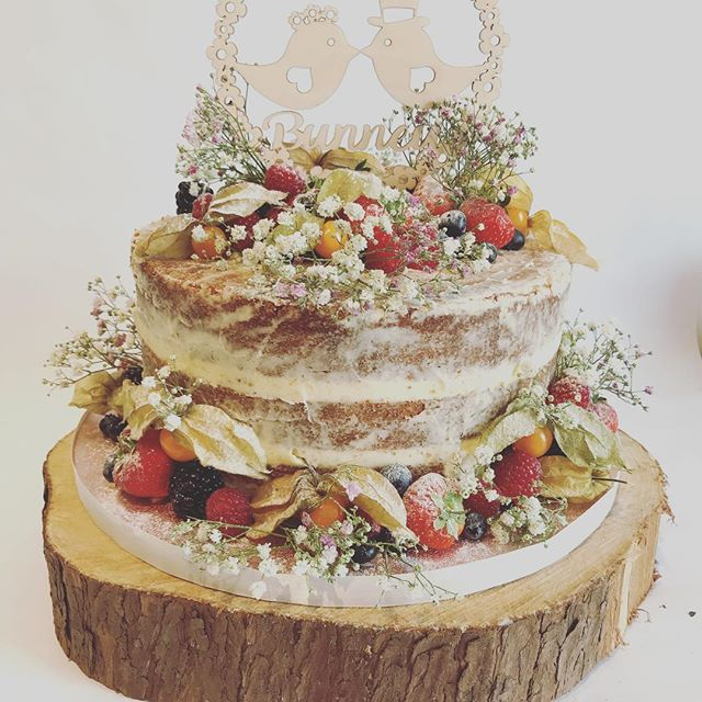 #weddingcake#nakedweddingcake#freshfruit#lovebirds#tearooms#york#cakes#cake#baking#coffee#tea#foodie#instagood#instacake#catering#yorkshire#homemade#cakery#afternoontea#baking#vintage#vintagetearoom#bake#food#independent#instafood#local#cakesd#birthdays