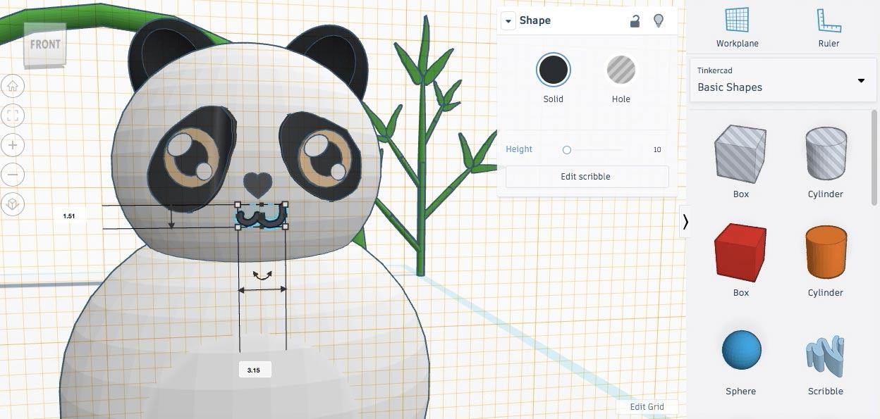 Уменьшаем рот панды и размещаем его так, чтобы он немного погрузился в голову
