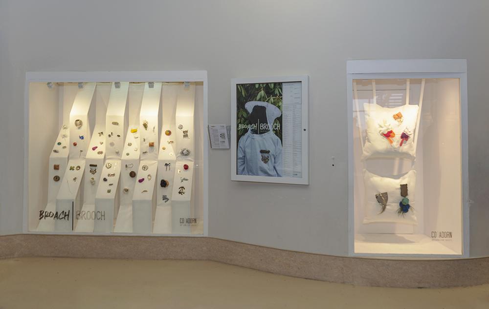 Broach I Brooch  at Craig Gallery