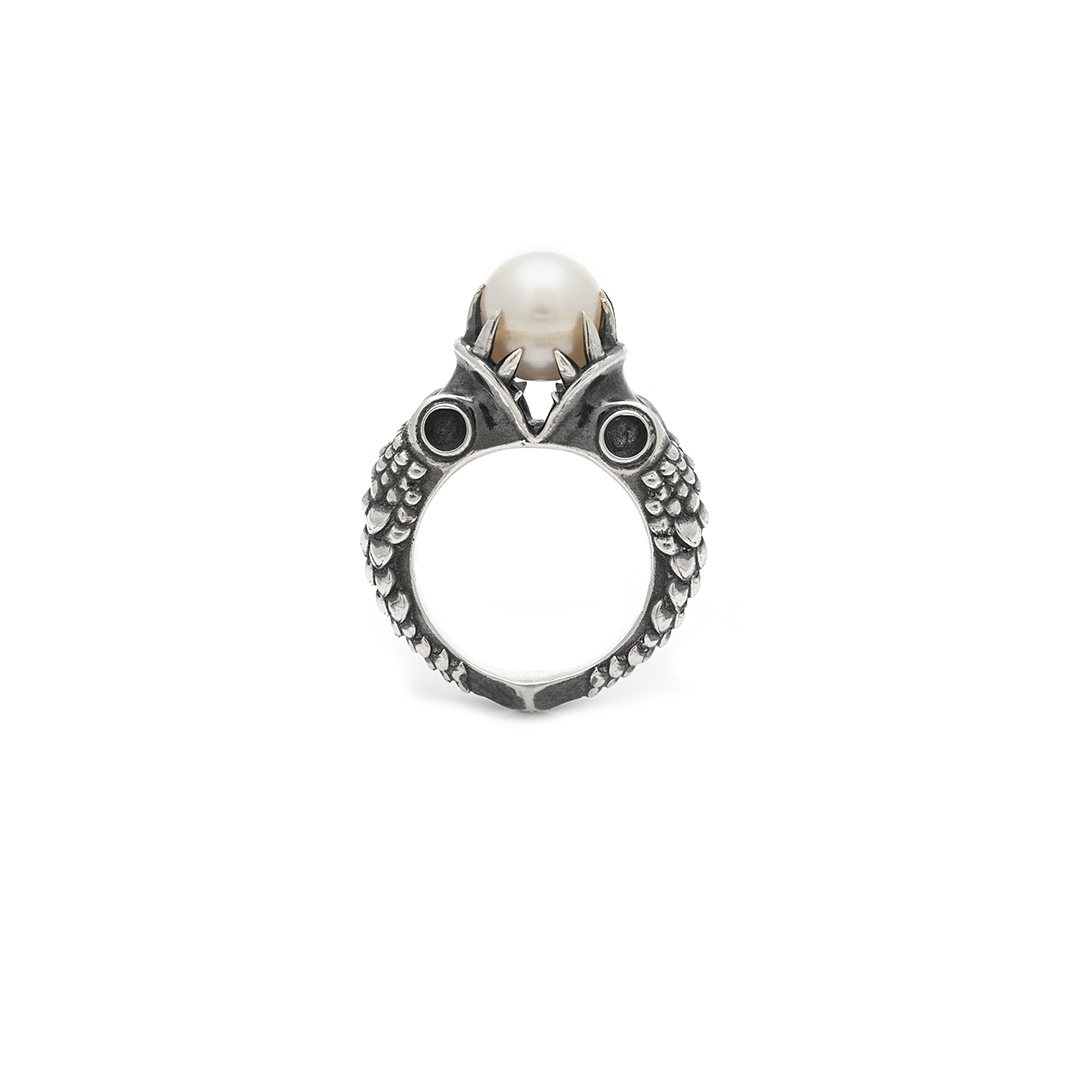 Raphael Braga  Ring from  Monsters of the Deep  collection (2019) Sterling silver, pearl Image: Tanya King