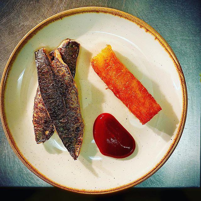 Line caught mackerel with plum sauce and a big chip . . . . #brunchmenu #london #food #fishy #mackerel #sustainablefishing #n1 #islington #upperstreet #highburyandislington #northlondon #ldn #londonfoodie #seafood #fridayfish