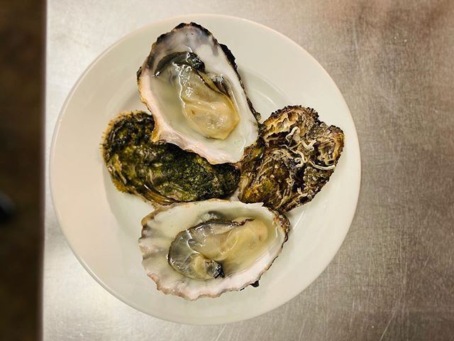 Oysters from @riverteignshellfish some of the best I've tasted. . . . . #oysters #shellfish #london