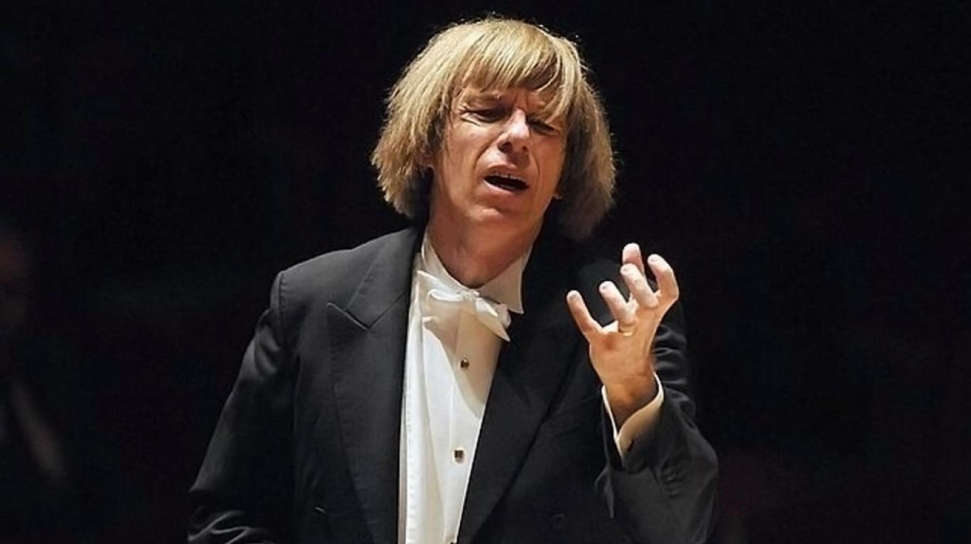 Este no es el director de orquesta del que hablo en este post.