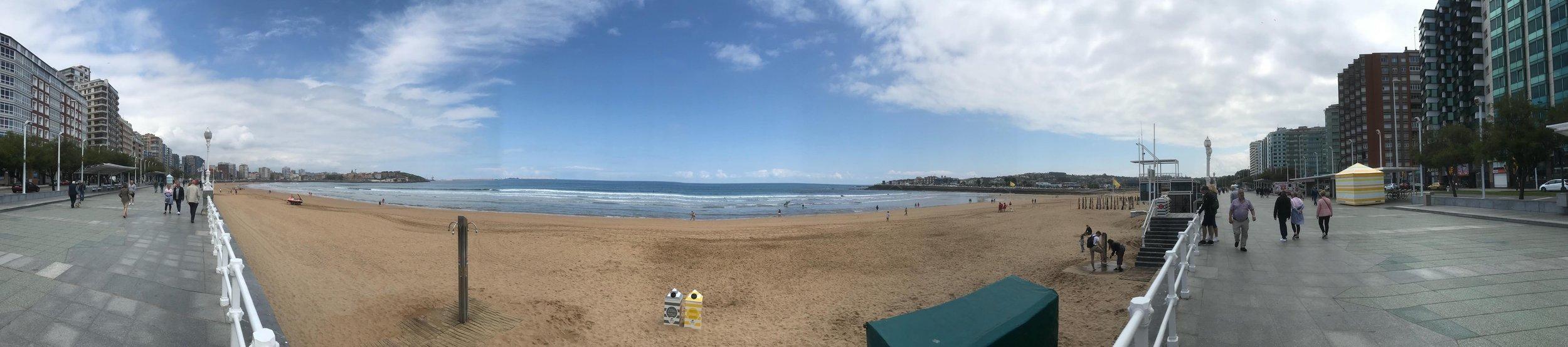 panoramixa playa gijon.jpg