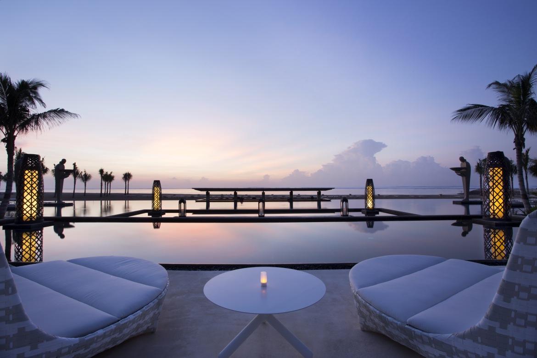 Mulia-Resort-Ocean-Pool-e1417039685389.jpg