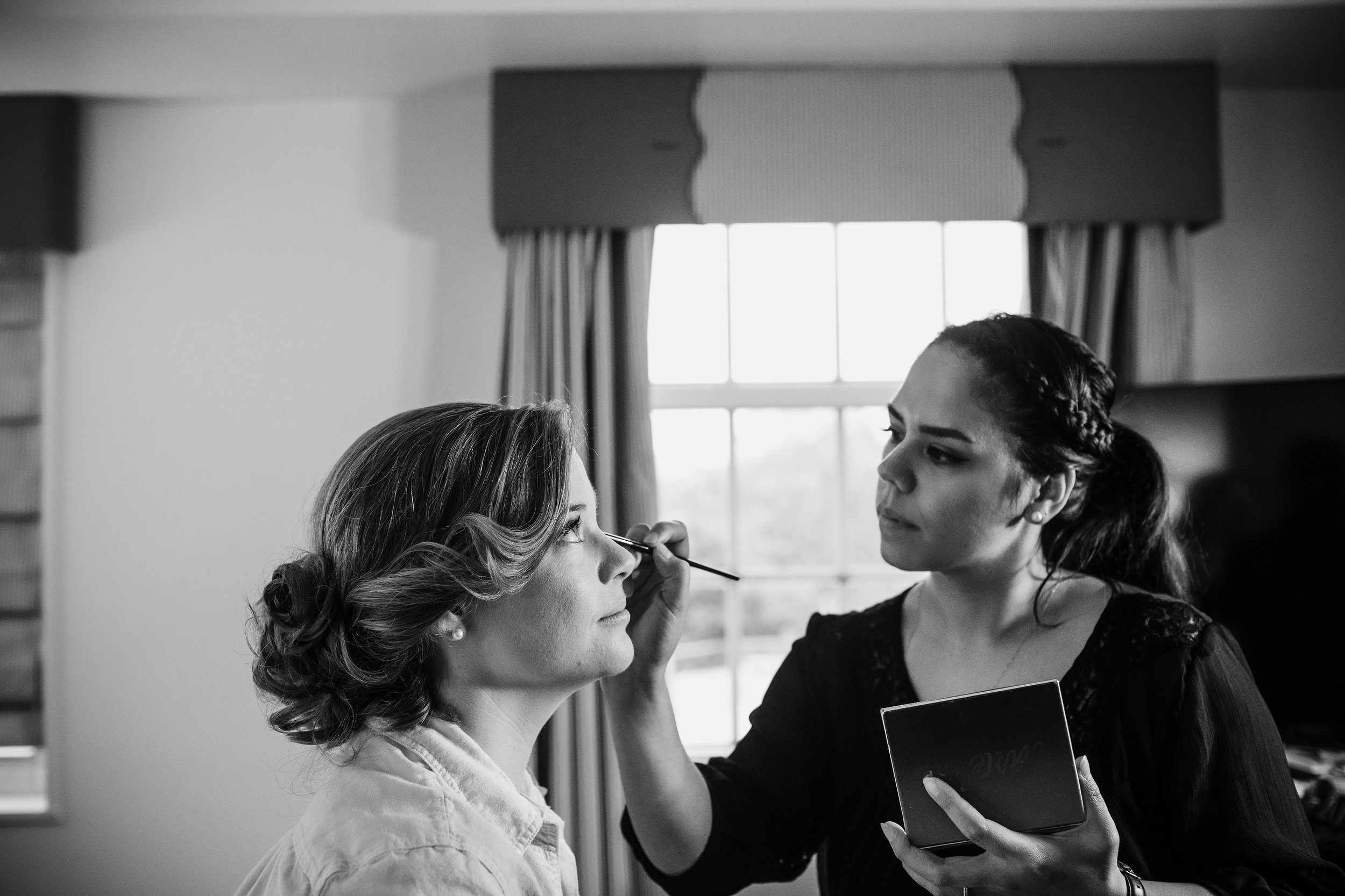 brielle-davis-events-beauty-by-jackie-getting-ready-bridal-makeup-the-alexandrian-hotel-photography-by-brea.jpg