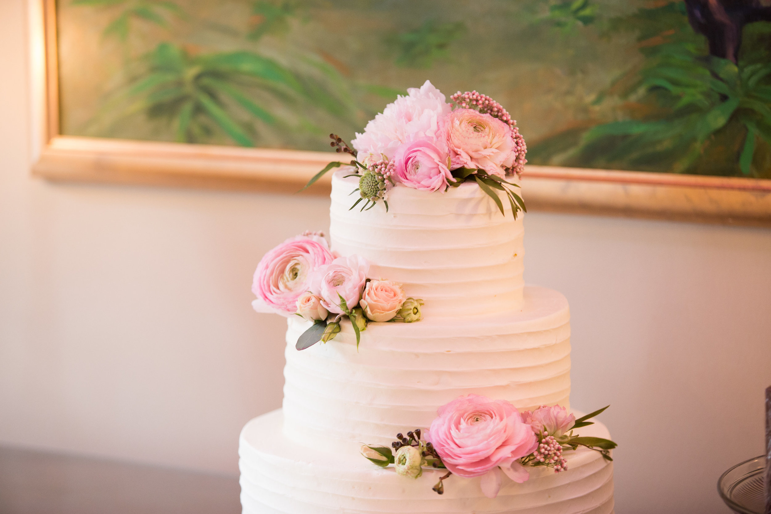julie-dicarlo-photography-kentlands-mansion-wedding-brielle-davis-events-wedding-cake-sweets-by-e.jpg