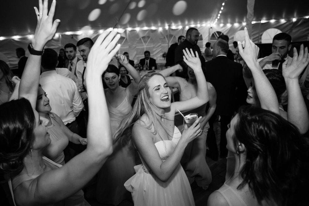 brielle-davis-events-weatherly-farm-waterfront-wedding-reception-00280.jpg