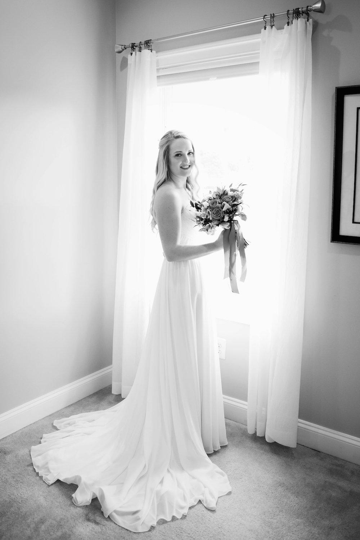 brielle-davis-events-weatherly-farm-waterfront-wedding-getting-ready-00068.jpg
