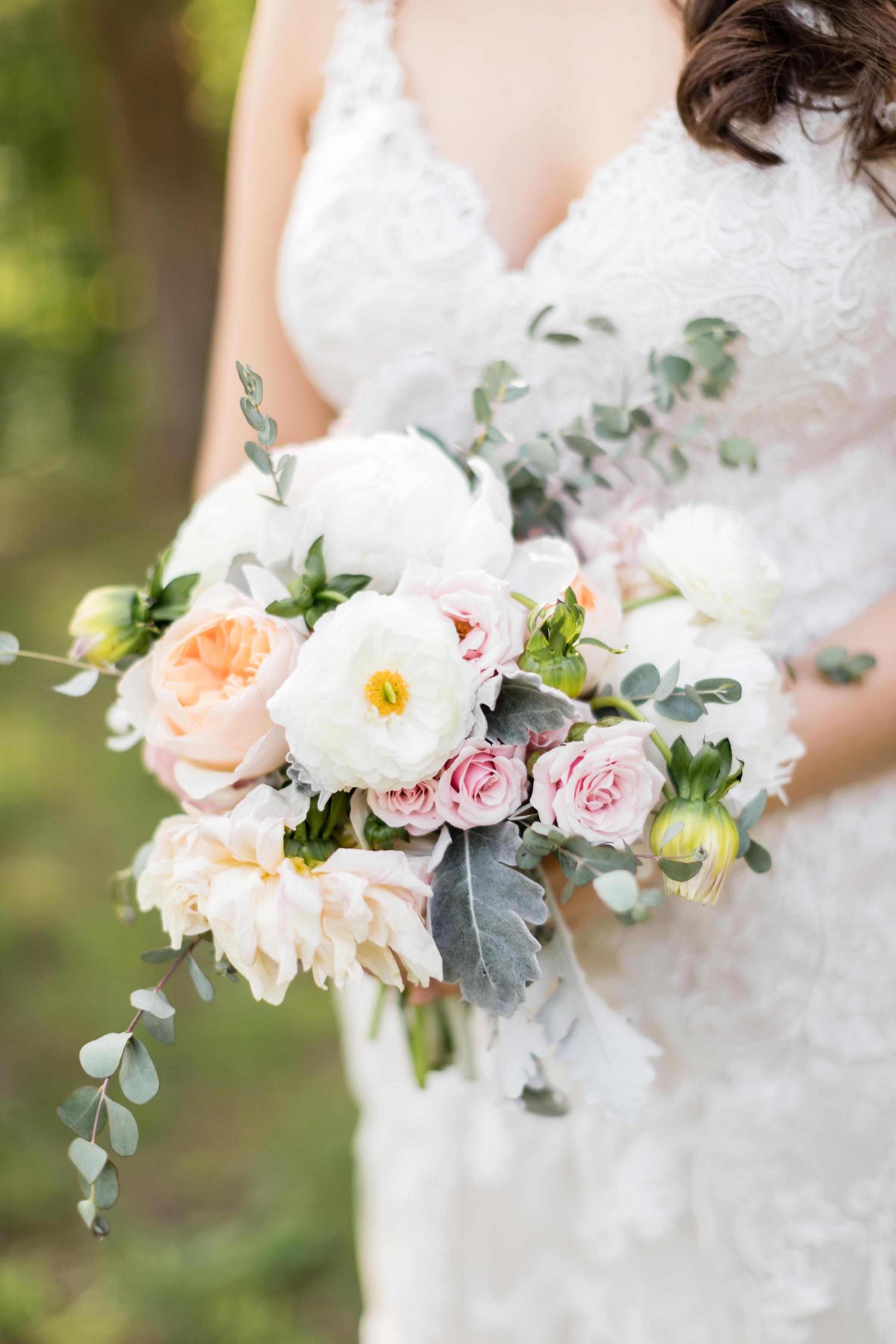 brielle-davis-events-kairos-photography-chandler-hill-wedding-bridal-boquet.jpg
