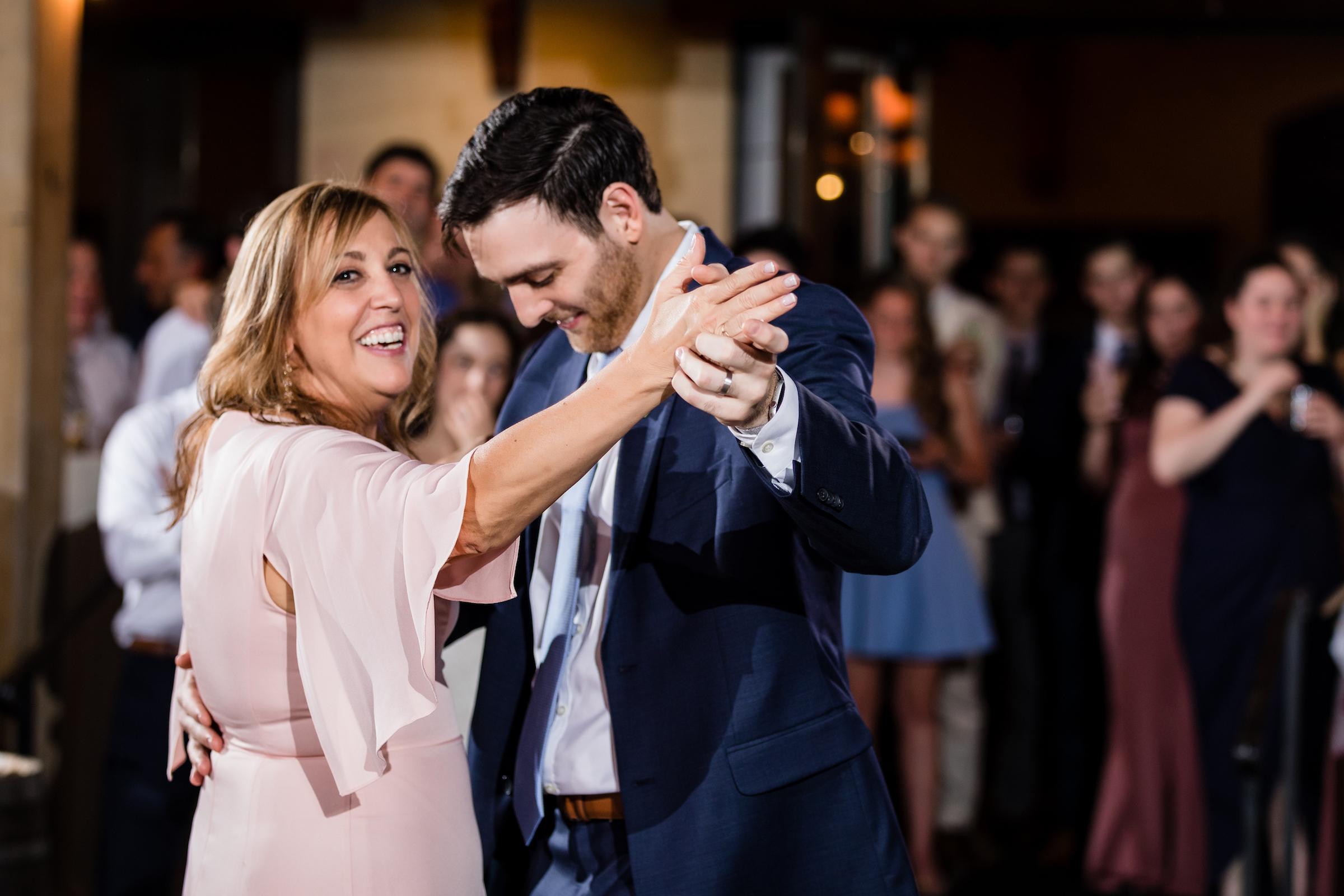 brielle-davis-events-kairos-photography-chandler-hill-wedding-dancing-614.jpg