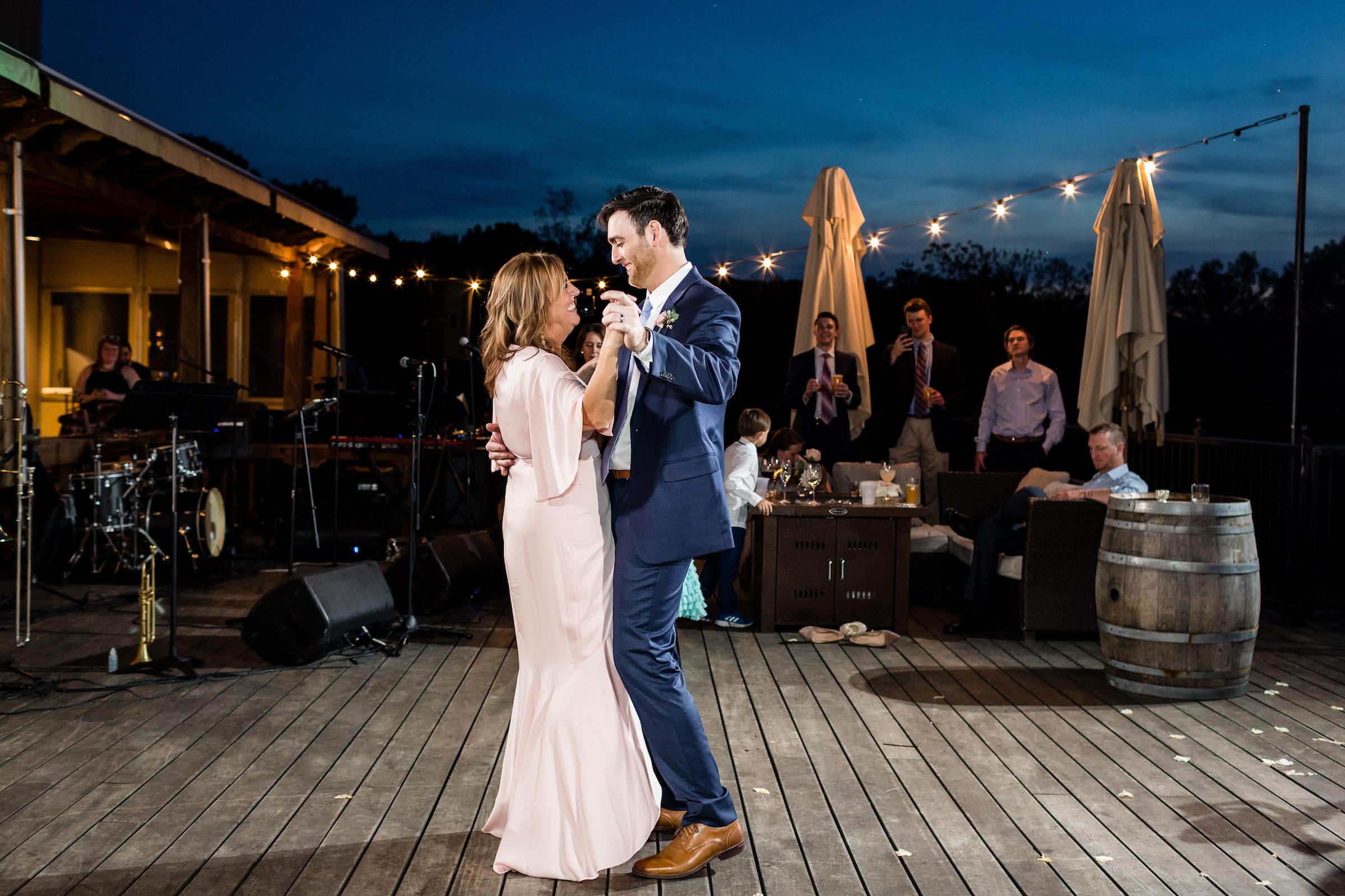 brielle-davis-events-kairos-photography-chandler-hill-wedding-dancing-611.jpg