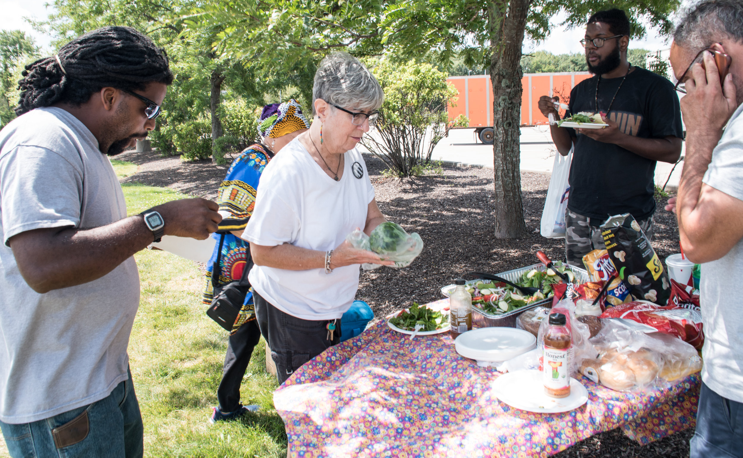 Food Not Bombs - Solidarity provided food. Aug 9, 2019. Photo: Joe Piette