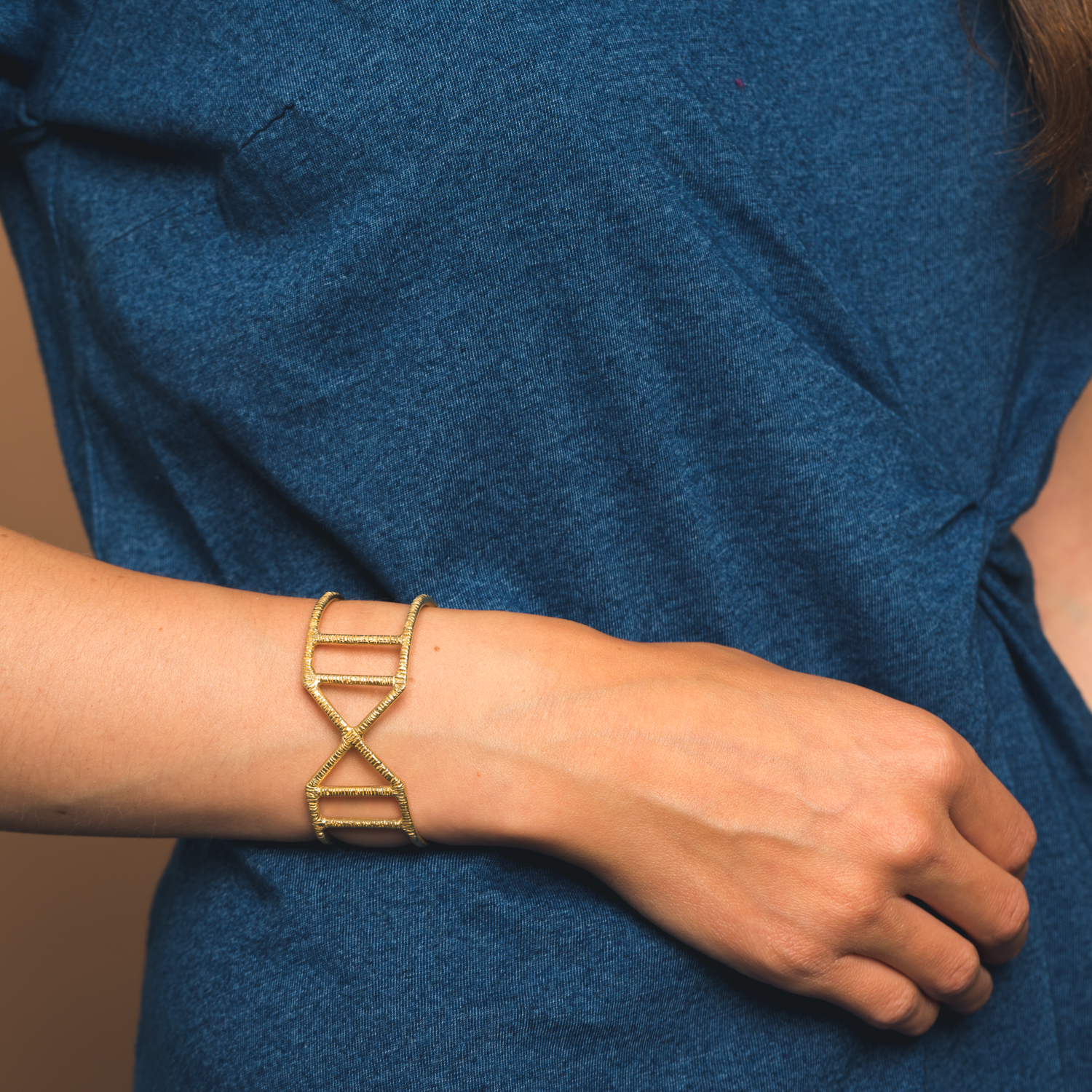 Goldeluxe Jewelry - Handmade minimalist and design forward jewelry designed for every day wear.