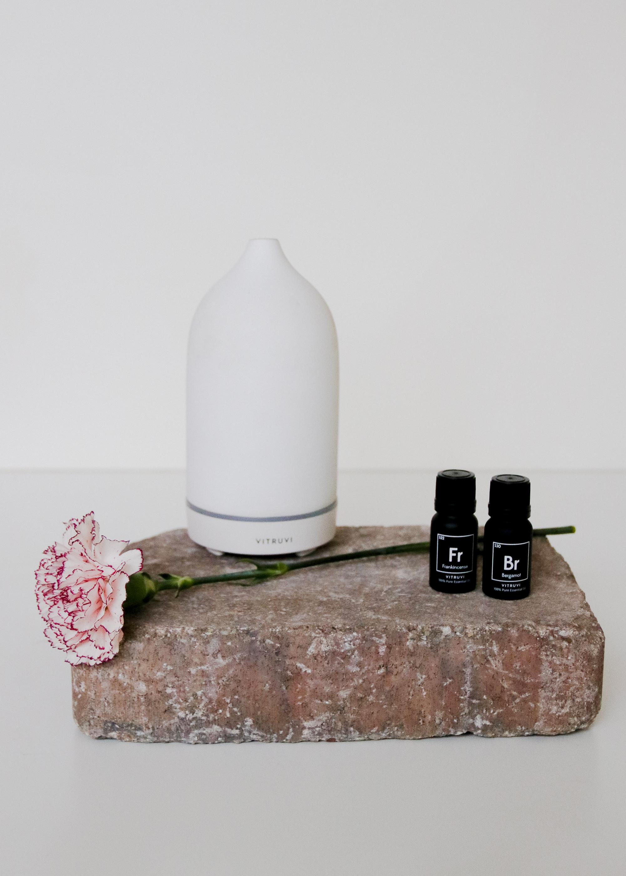 White Stone Diffuser Vitruvi - $119
