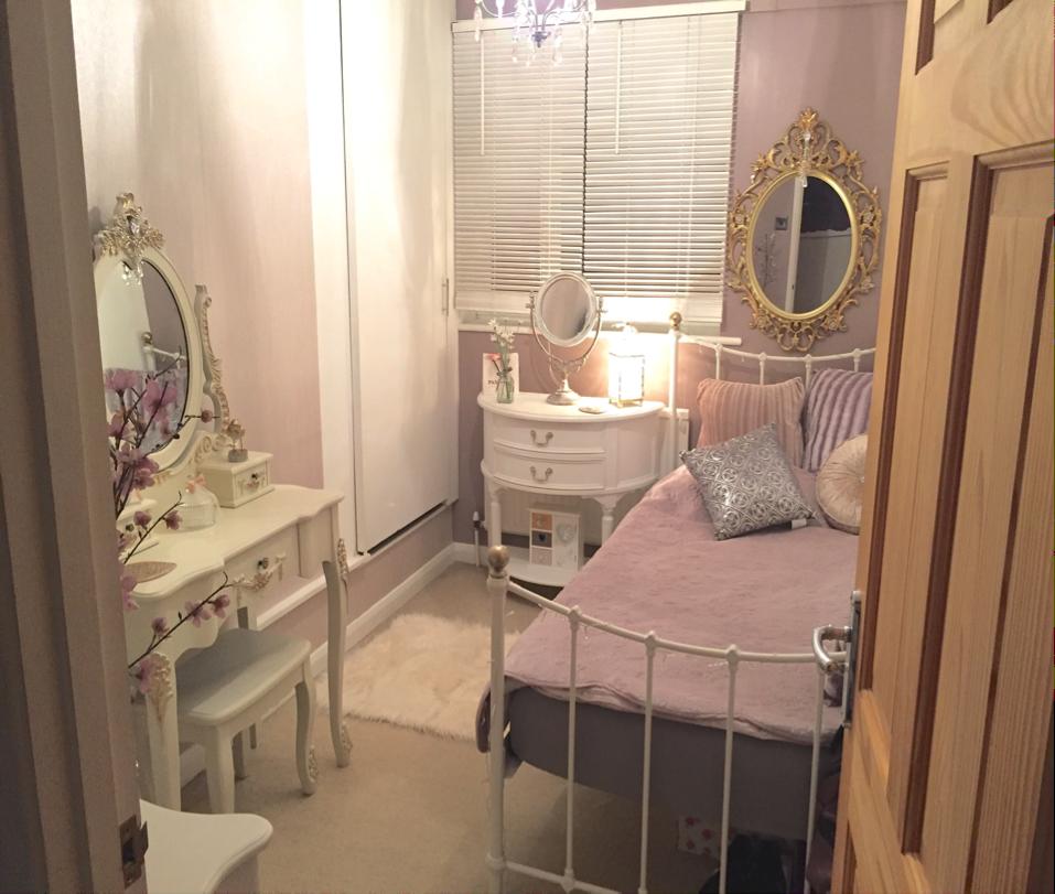 An Opulent room complete!!!