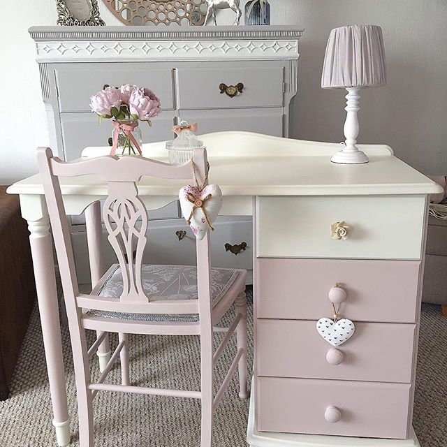 A change from my usual colour but loving this Vintage Dusky Pink 😍