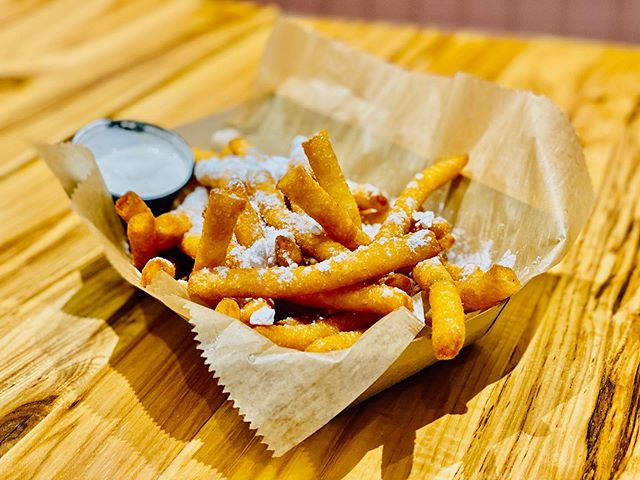 Burgers are delicious. But so is dessert. Try some funnel fries dusted in powdered sugar and dipped in our delicious marshmallow sauce. #funwithfries #goodeats #goodfood #bayridge #yum #eathere #delicous #brooklyneats #fries