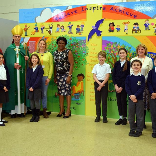 My latest project has taken me on such a lovely journey. From tea with the vicar, workshops with the children, through a world of digital art and printing, to finally meeting the Bishop of Kingston who came to bless the mural at a special assembly. . . . #christianillustration #digitalillustration #artforeducation #digitalart #schoolart #mural #schoolmural #christianart #illustrator #artist #kingstonuponthames #southwarkdiocese #stjohnschurchkingston #stjohnsschool #stjohnskingston #proud #hannahshines