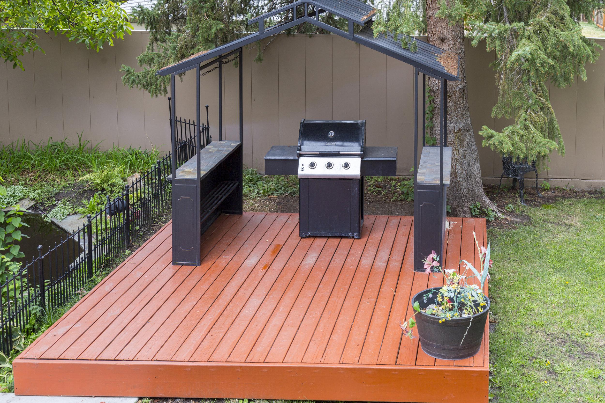 7. covered BBQ pavilion.jpg