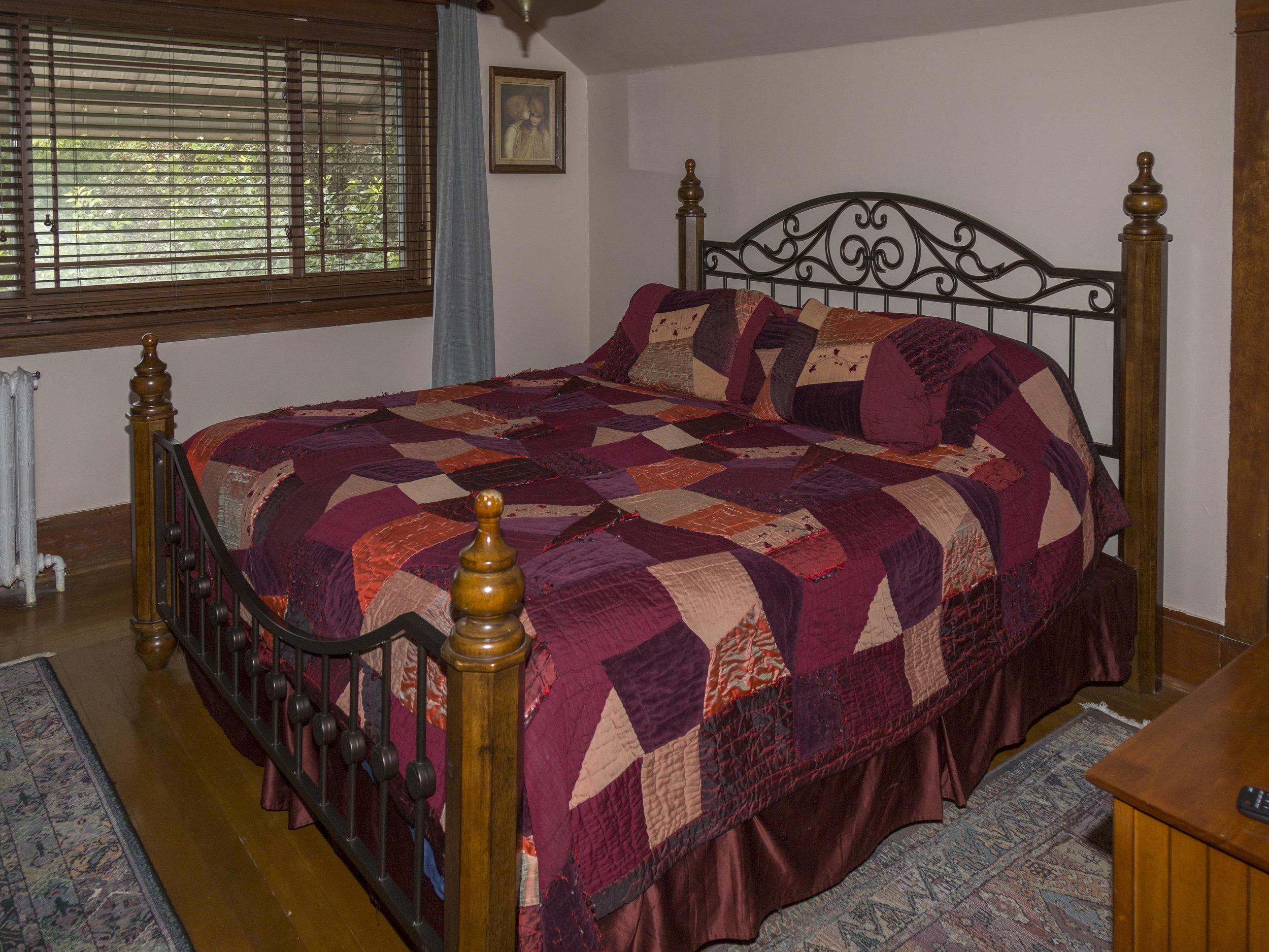 27. Southwest King Bedroom.jpg