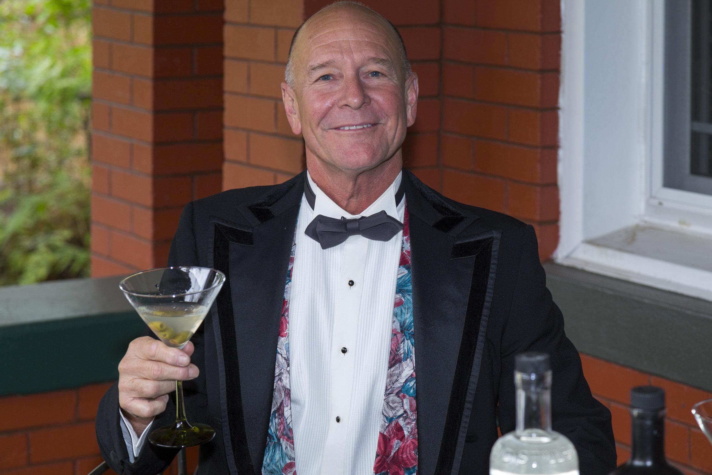 your host Gary Simon.jpg