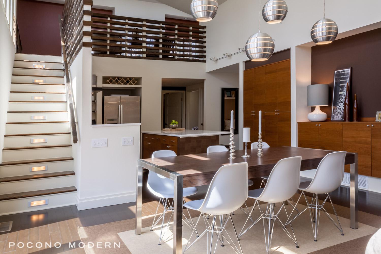 Martindale_Kitchen_DiningTable.jpg