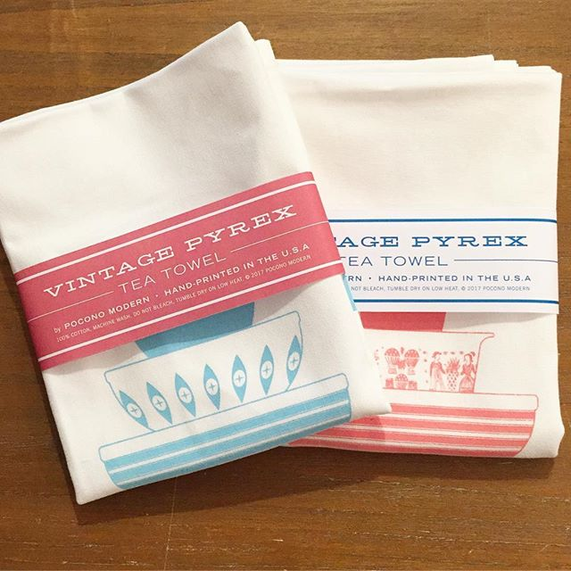 NOW SHIPPING!  The tea towels have arrived.  Thanks to everyone who pre-purchased these beauties.  The first lot is nearly sold out so if you still want one, don't wait- link in bio. #pyrex #pyrexia #vintagepyrex #teatowels #homedecor #perfectgift #housewarming #pinkandblue #happyholidays