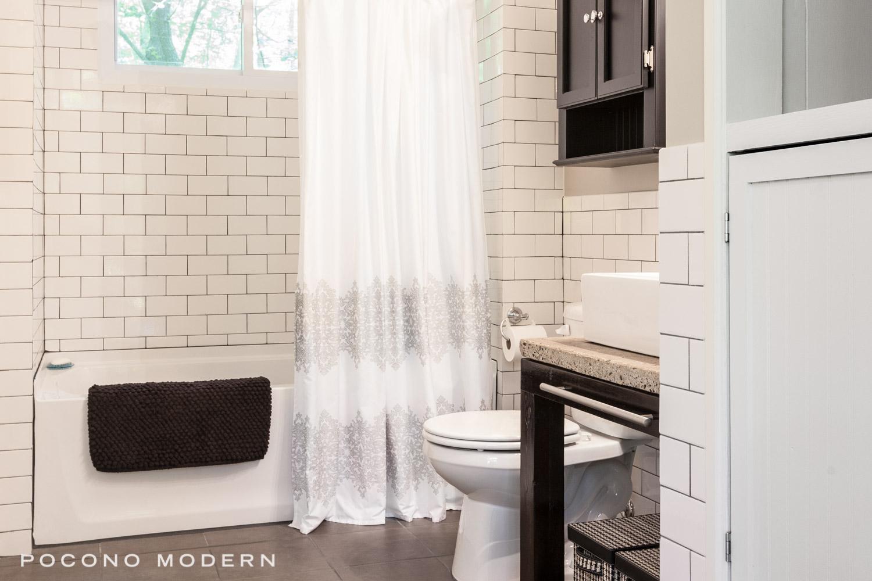 Clark_Bathroom_2.jpg