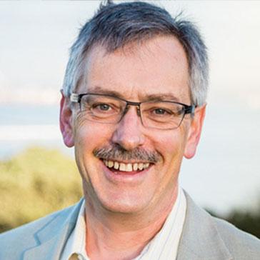 Rod Oram (Moderator)   Senior Business Journalist