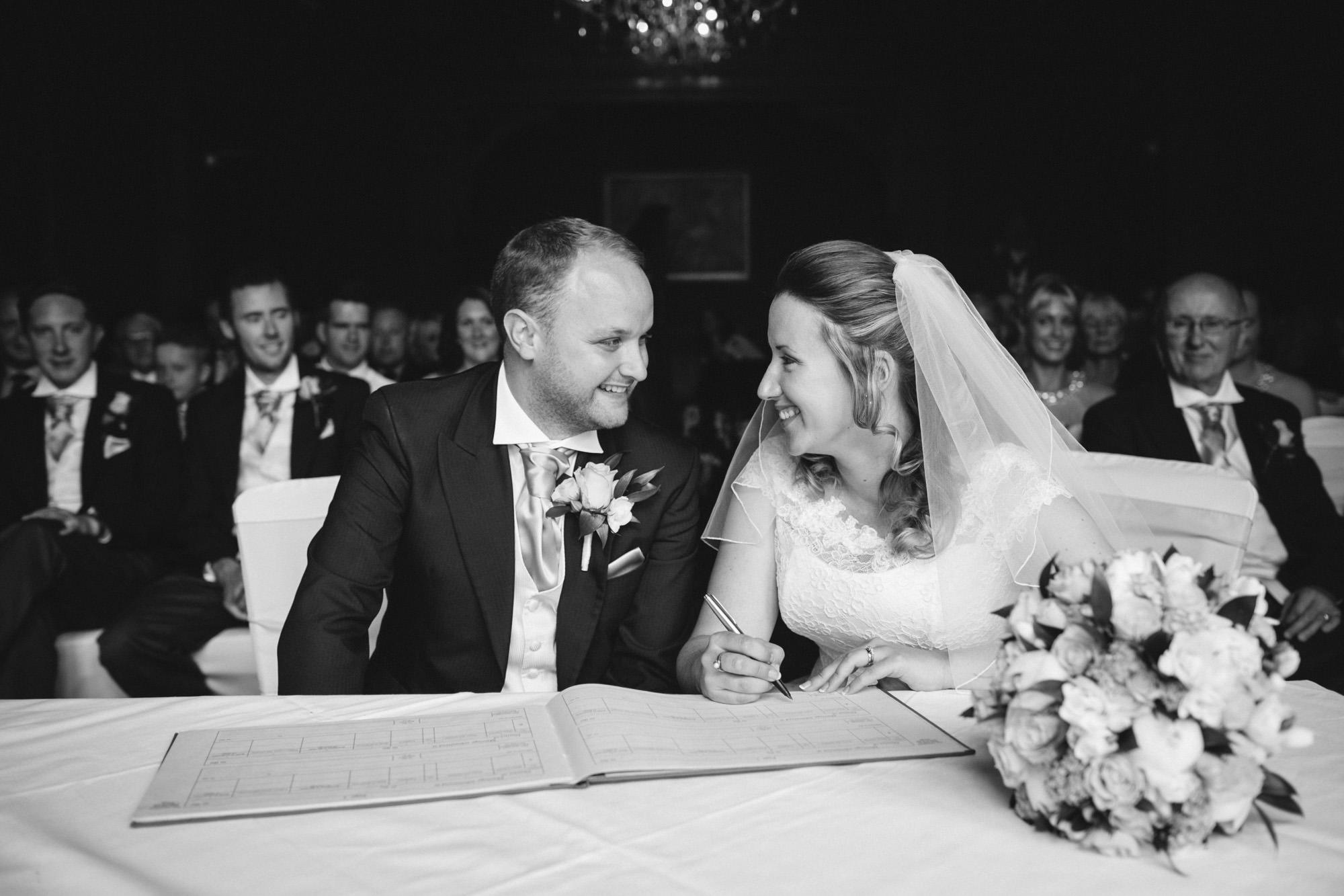 cambridge-wedding-photographer-io-1691-193.jpg