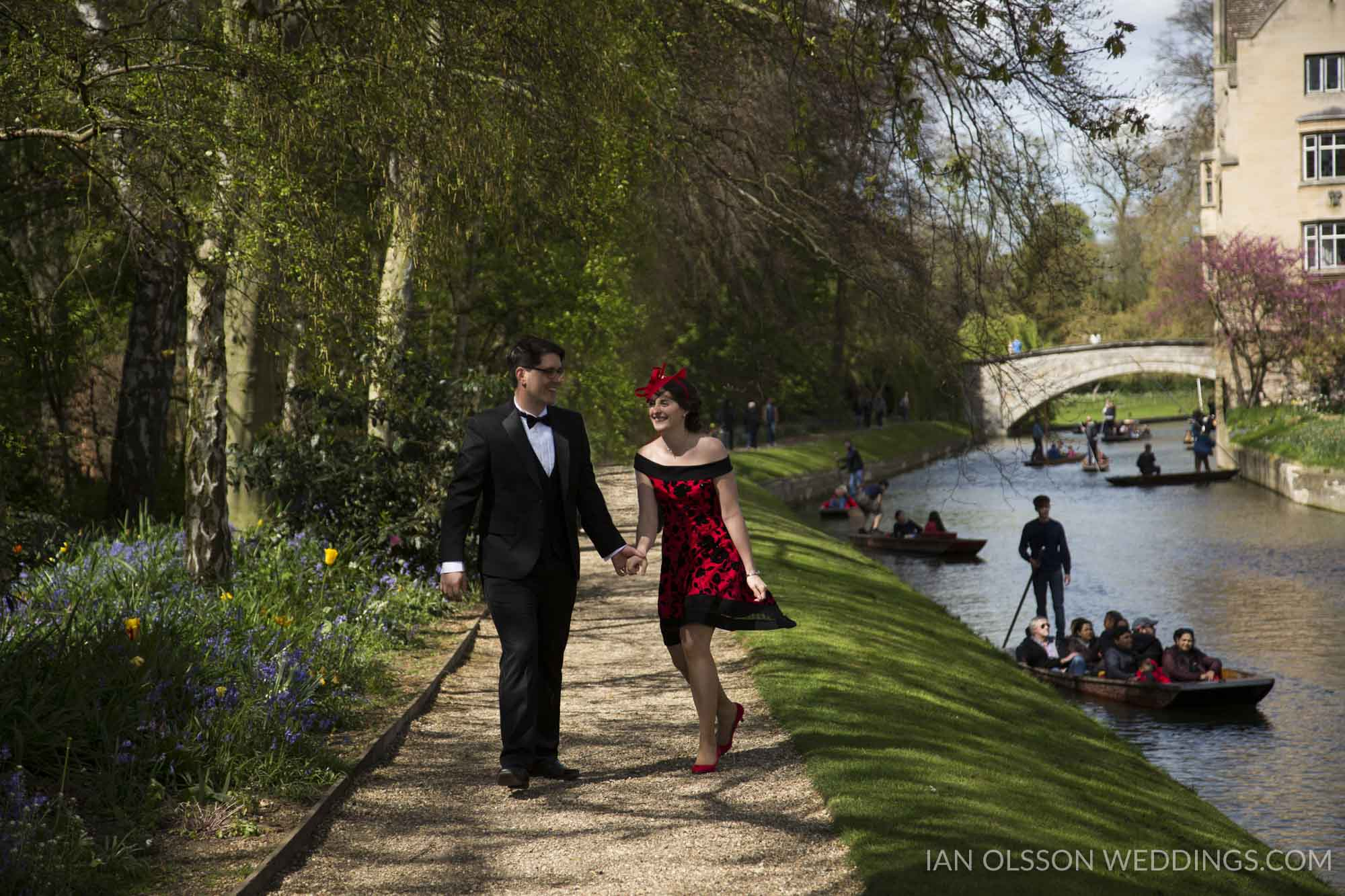 Queens College Cambridge Wedding B&M | http://www.ianolssonweddi