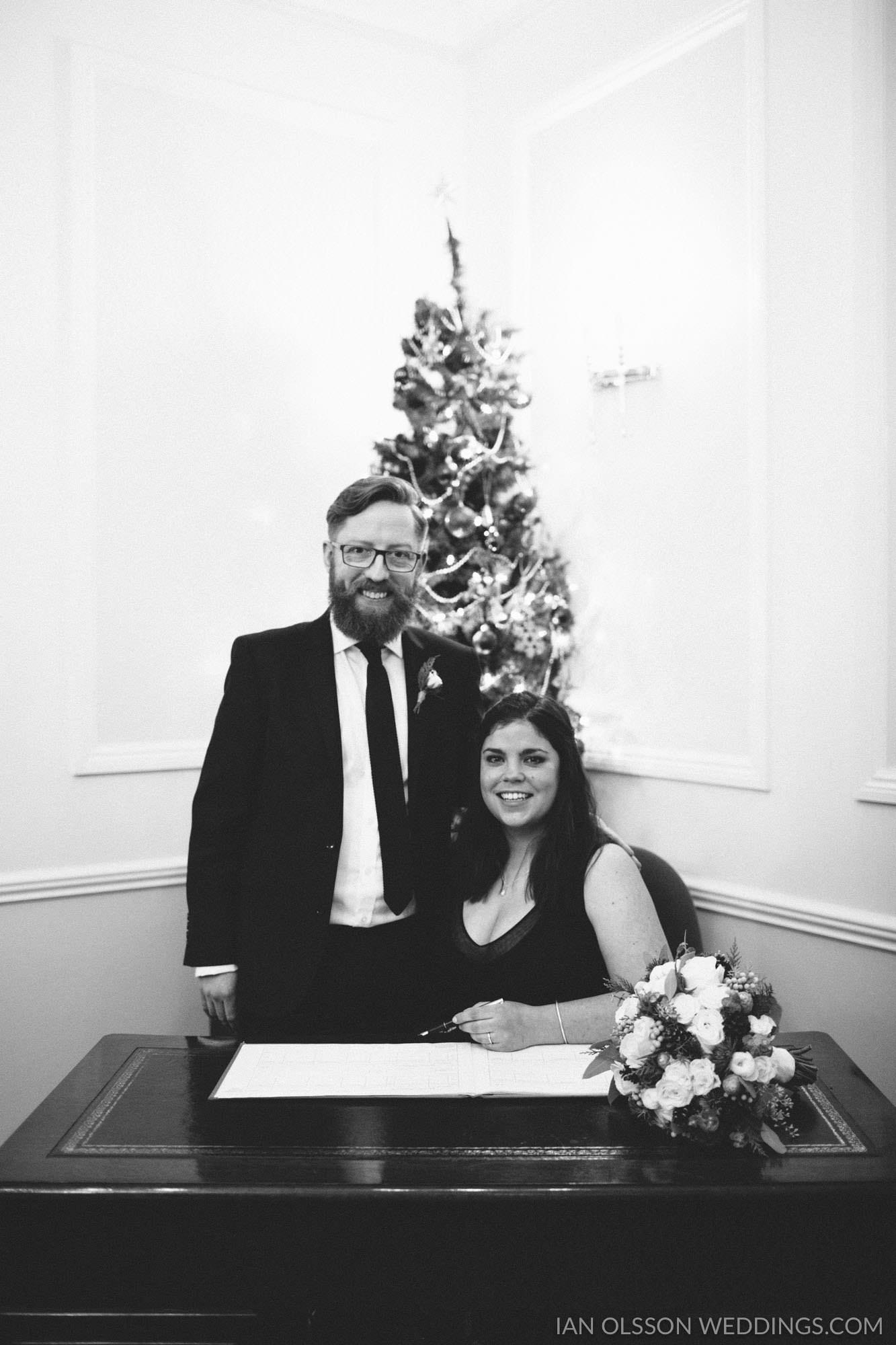 Winter Wedding at Cambridge Registry Office 1779-100