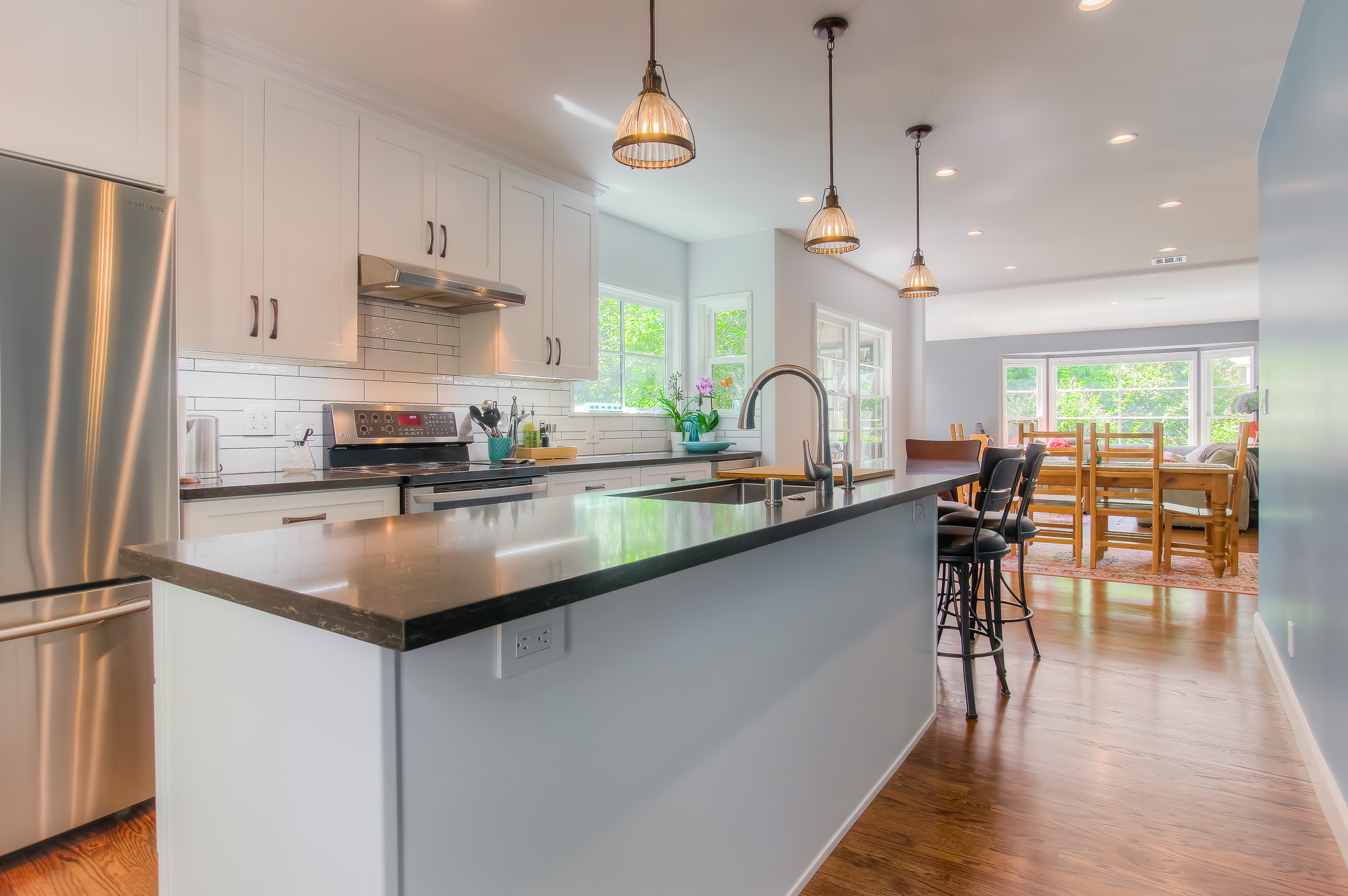 glendale_new_kitchen_side_view.jpg