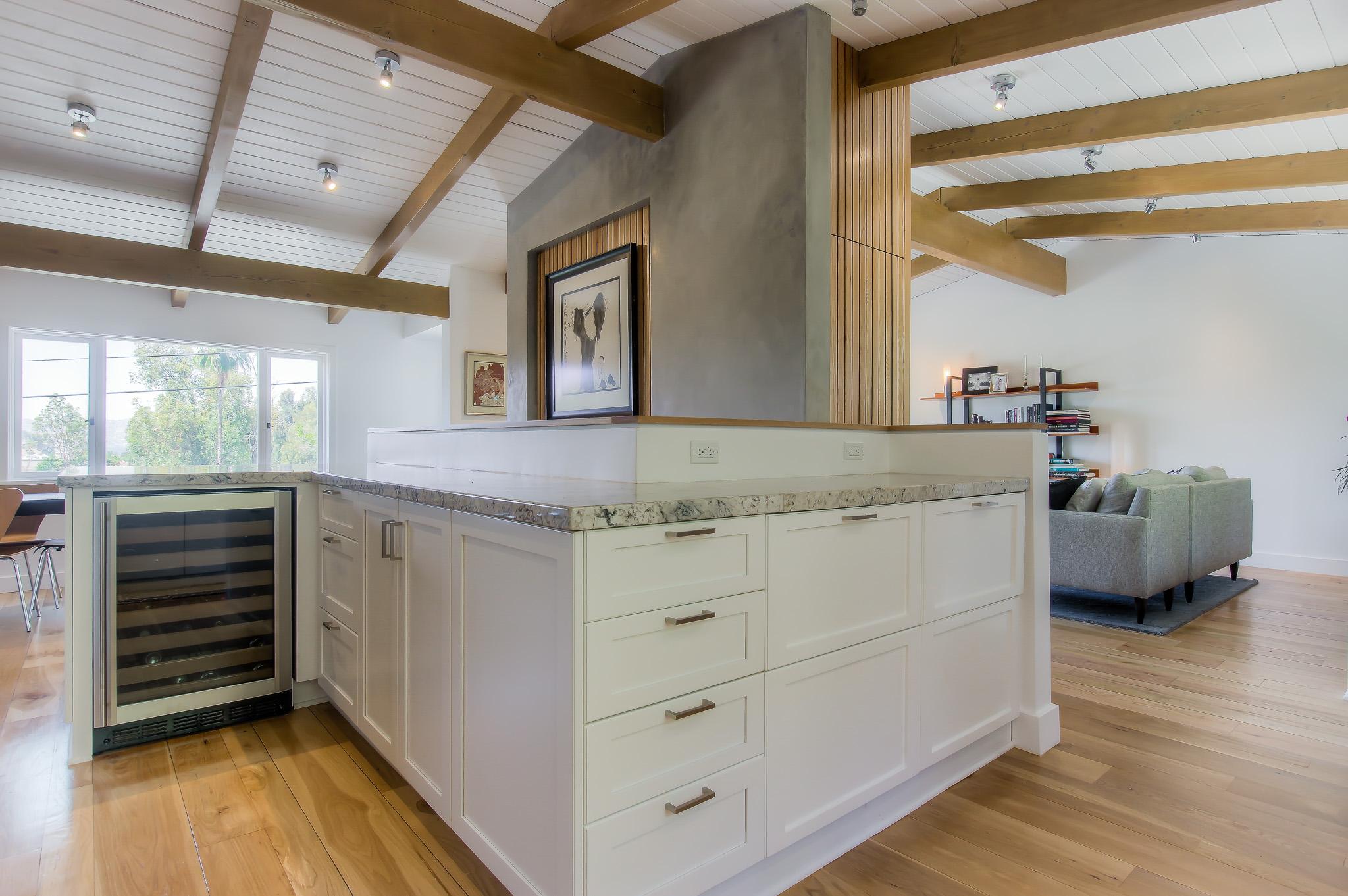 Woodland Hills kitchen remodeling