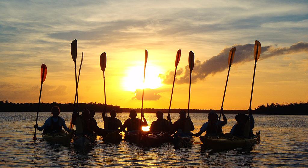 Adults.Kids.Group.Kayak.FL.6_WebEdit.jpg