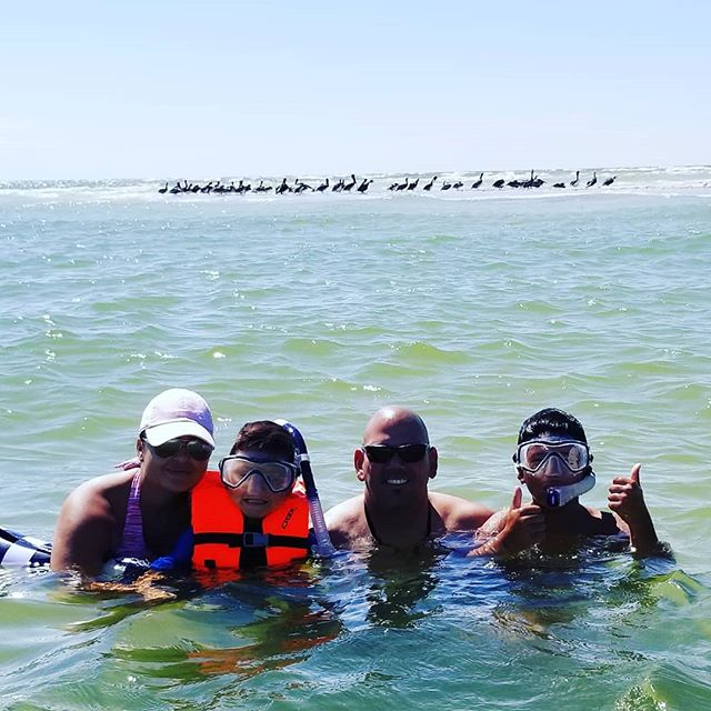 It was a blast to take out @marcosnatal_realtor and his family on a snorkeling trip to Egmont key & Passage key searching for sand dollars and beautiful seashells. Come book your trip with us and we guarantee you will have a blast!!! #scubaethan  #annamariaisland #egmontkey #passagekey #ami #snokeling #sightseeing #islandhopping #explorer #discover #newthings #ilovemyjob #fununderthesun #playtime #comegetyousome #adventuretime #outdoors #fish #sanddollar #seashells #sand #private #beach #nature #tampabay #stpetebeach