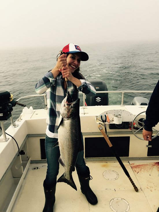 ucluelet salmon and halibut fishing charters