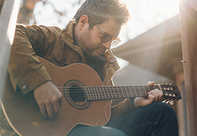 Marty Carpenter Performs Live - An intimate night of music and storytelling with Iowa's own Heartache Connoisseur