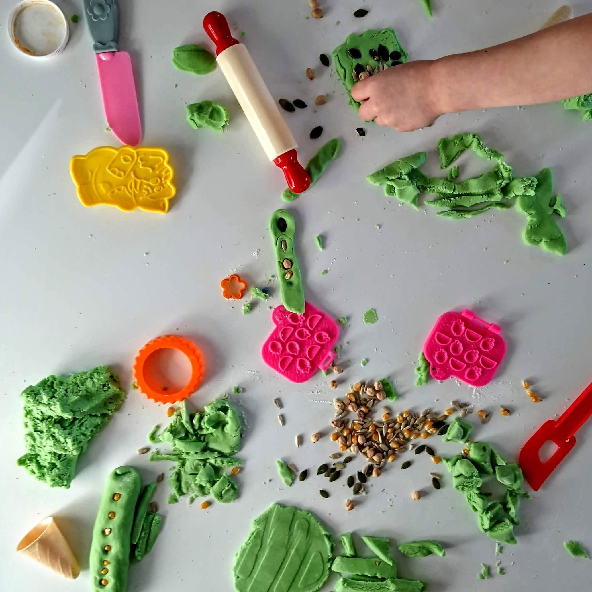 invitation to create playdough mandala art