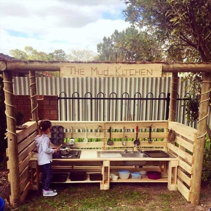 Pallet Mud Kitchen