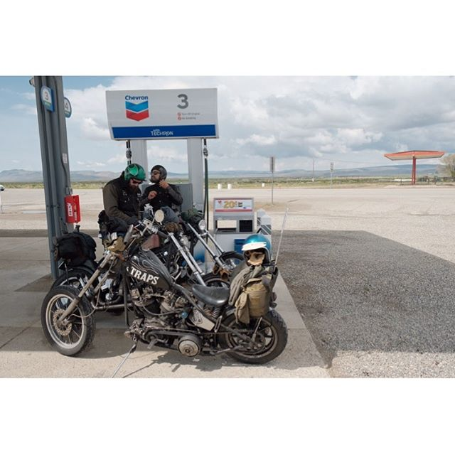 Never not running out of gas. Somewhere in Oregon #deathtrapsmc #getsome #shorttank