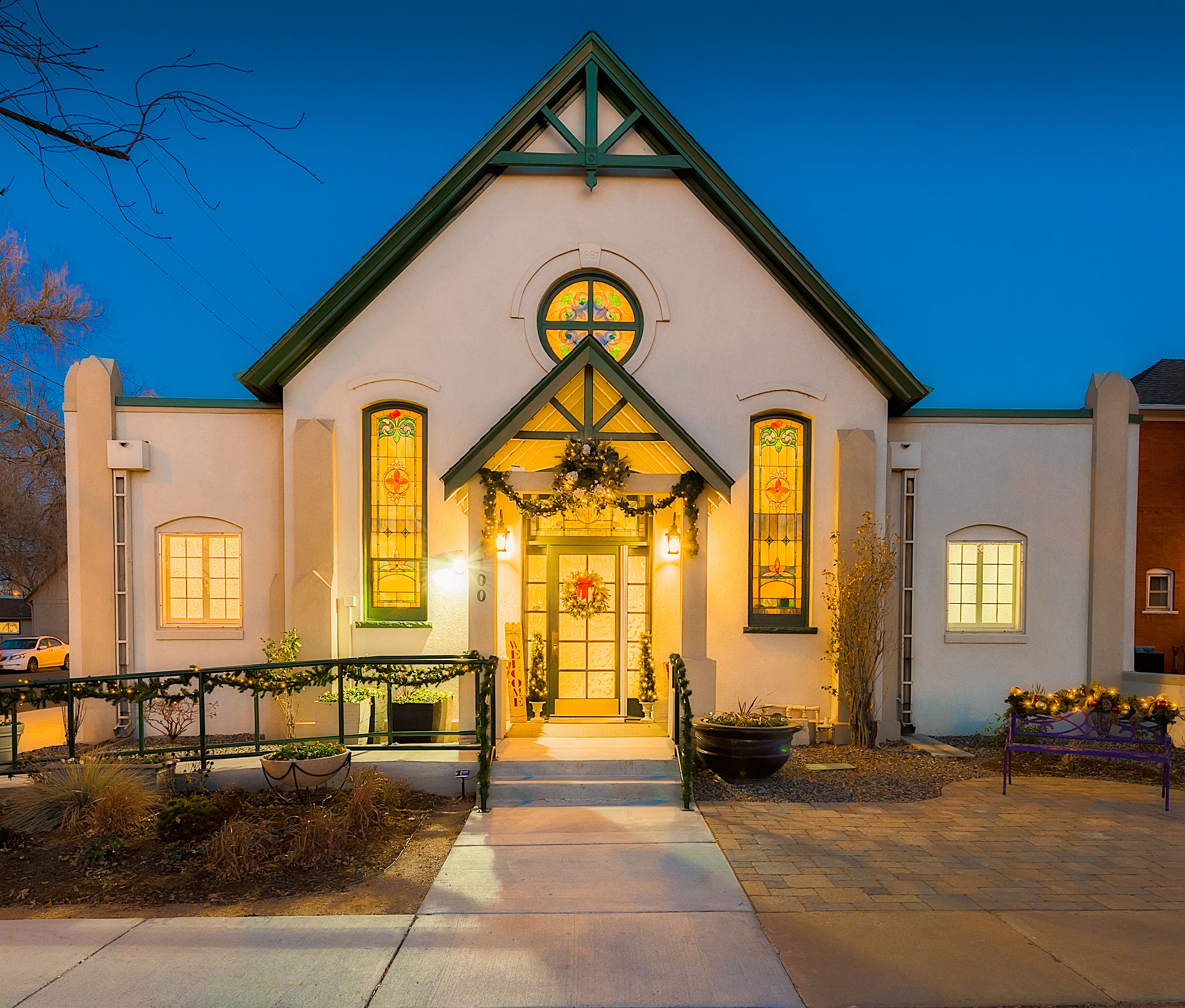 "Welcome to Brighton Colorado's newest event center.  The Alli Event Center - ""a memorable occasion"""