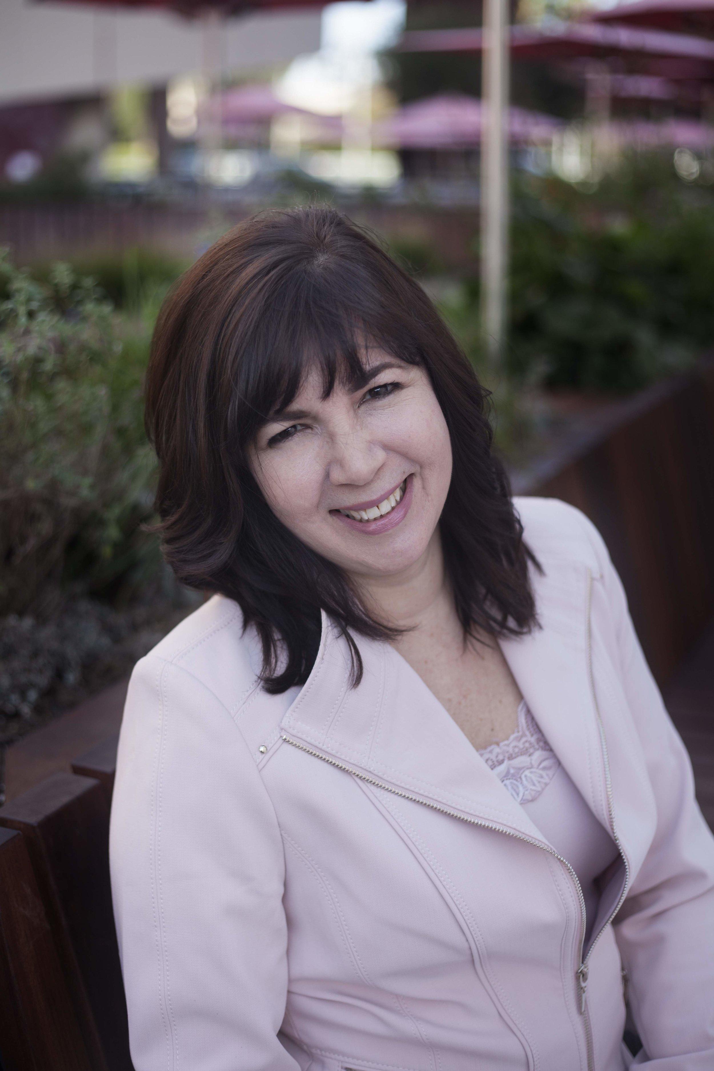 REGINA LYNCH | Administration Manager