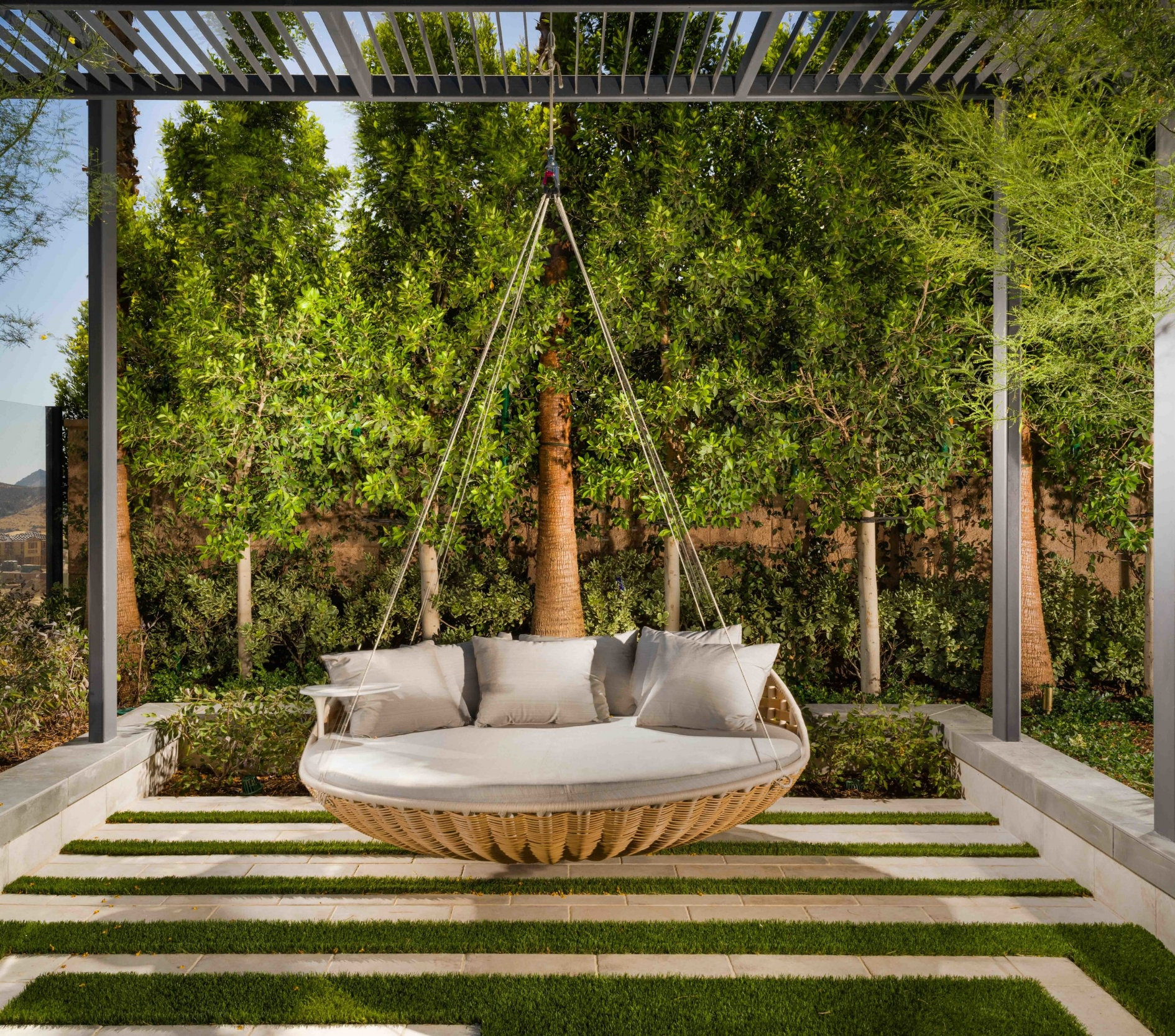7-Beacon-Moreno_Outdoor Lounge Swing a.jpg