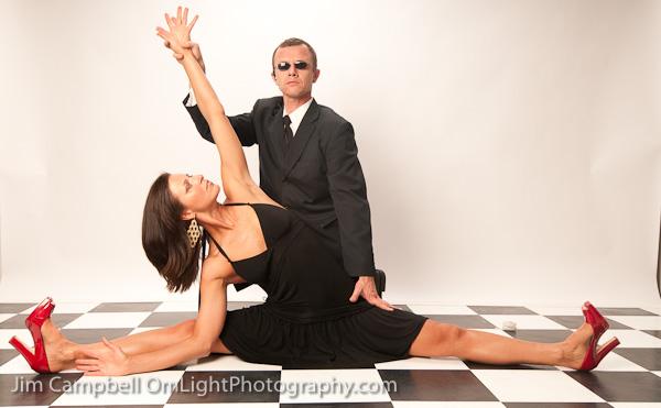 yoga-art-urban-assist-sidebend-pose.jpg