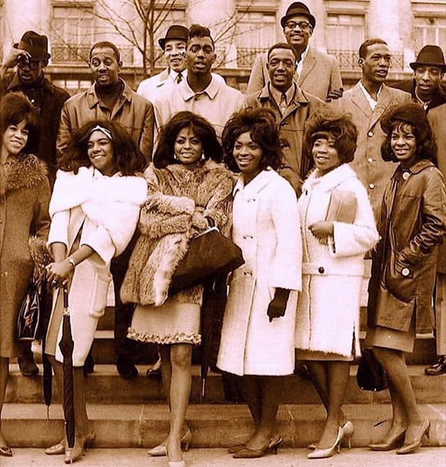 The Temptations, Supremes, Smokey  Robinson & The Miracles, Martha & the Vandellas, all in one photo 🎼 #BlackHistory #Motown #SoulSingers